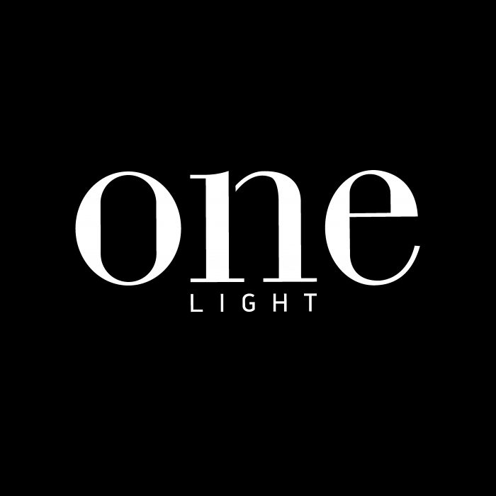 LOGO ONE LIGHT