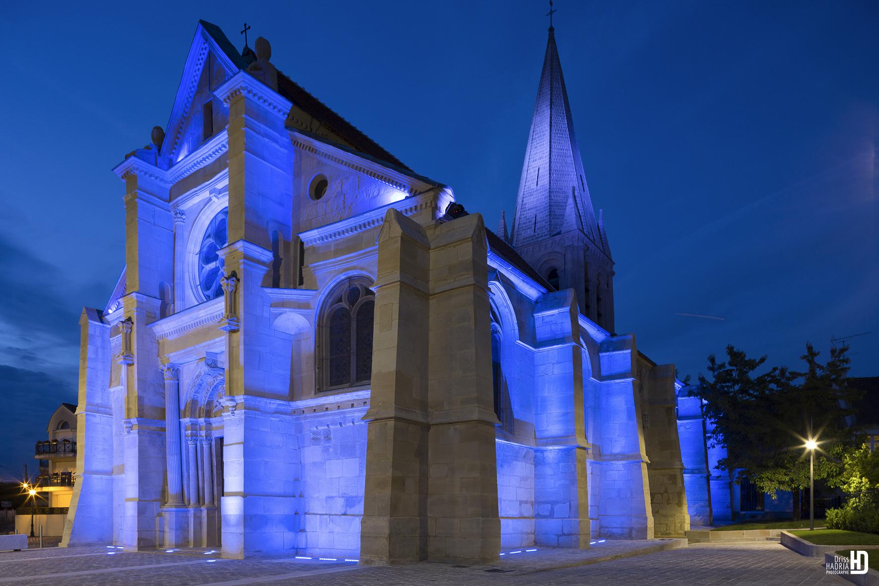 entrada iglesia de Sacelles
