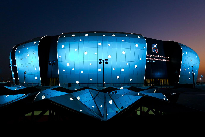 Qatar handball complex iluminación azul