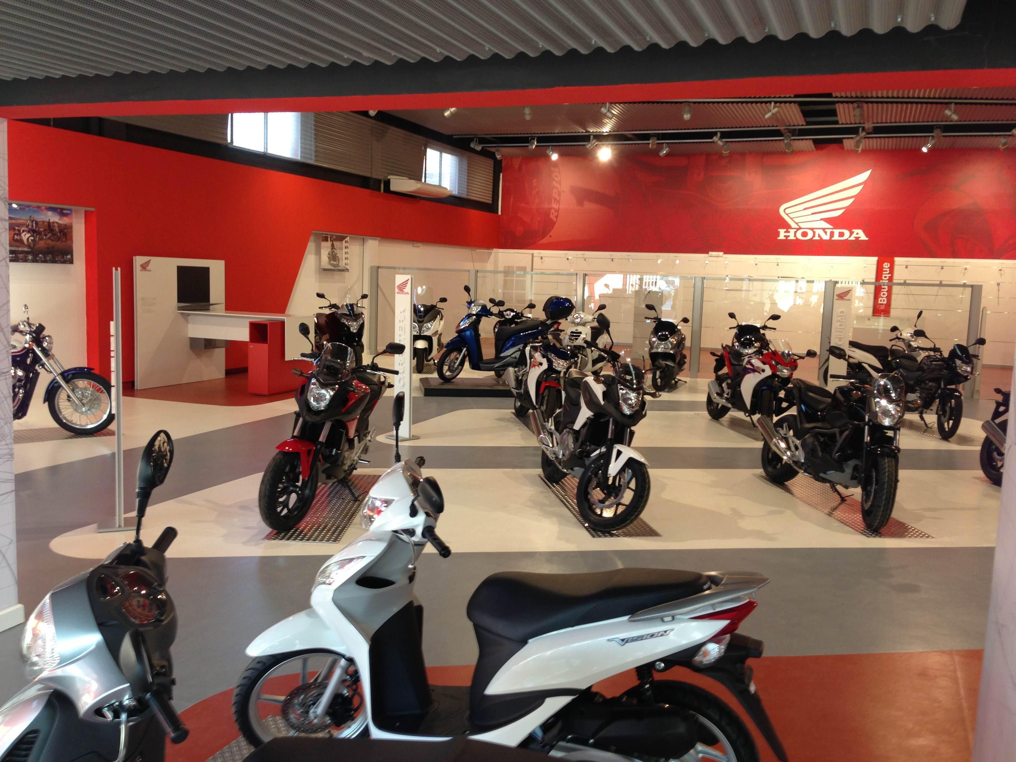 Interior motos Honda Sevilla