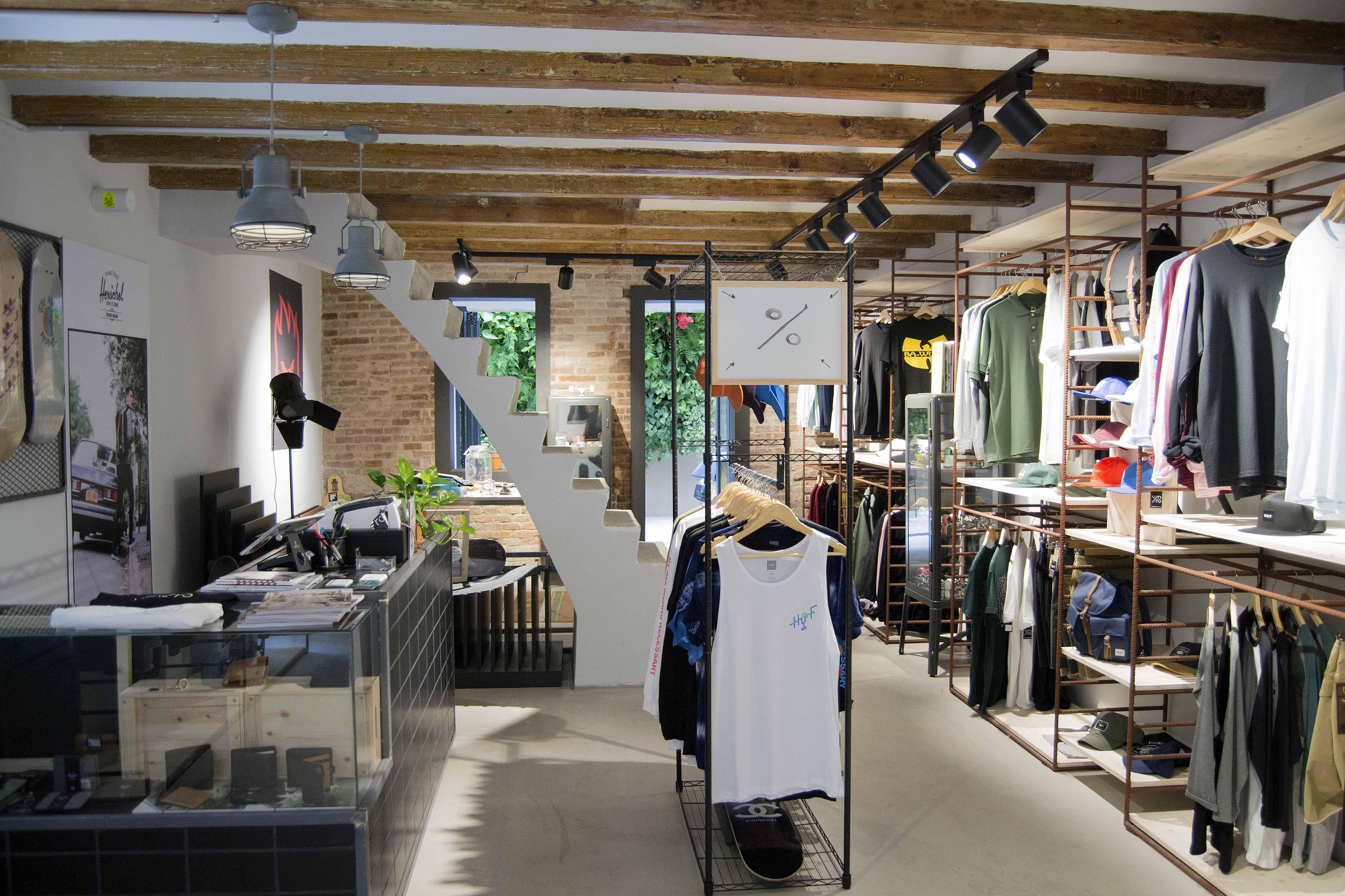 Venero BCN interior tienda